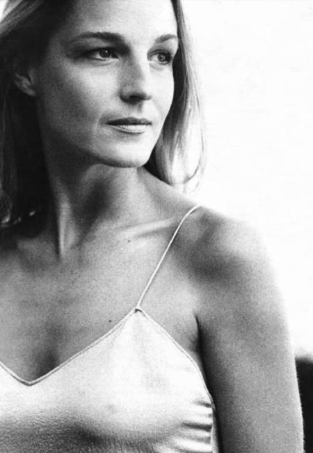 Helen Hunt white1