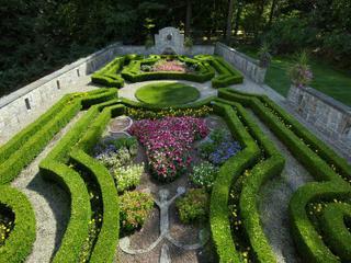 Hillandale GardenView