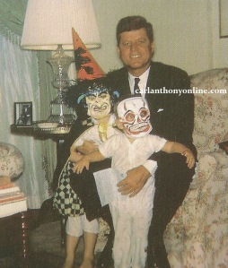 president-kennedy-with-his-son-and-daughter-caroline-and-john-on-halloween-1963