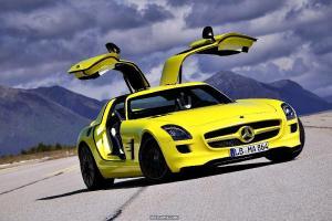 new-2013-mercedes-benz-electric car