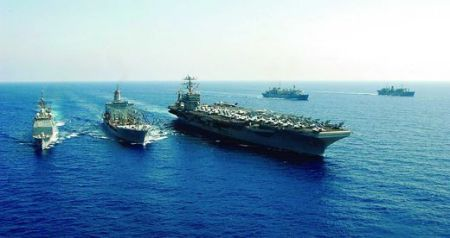 USS_George_Washington_ and HMS Daring
