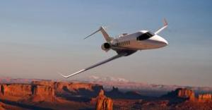 learjet in flight