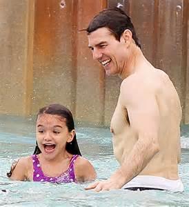 Tom Cruise and Suri at Disney Typhoon Lagoon Water Park