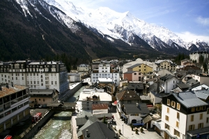 Chamonix-Ski-Resort-in-France