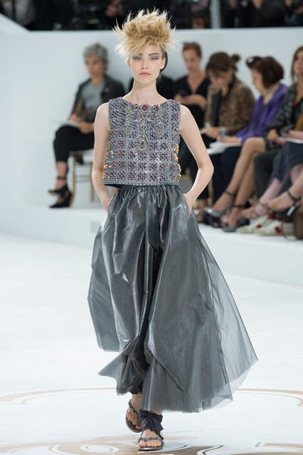 cHANEL BALL GOWN 1
