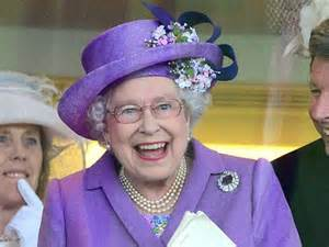 Queen Elizabeth ii wearing royal purple