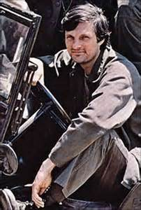 Alan Alda as Capt Hawkeye Pierce