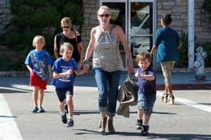 Sharon Stone with three sons 2