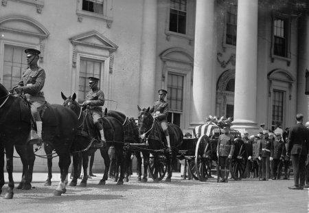 3rd Infantry Regiment President Kennedy funeral.jpg