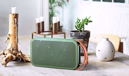 bang-olufsen-Beoplay-a2-green-portable-bluetooth-fashion-speaker