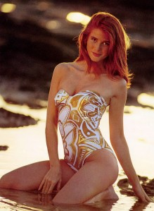 Angie Everhart 2016