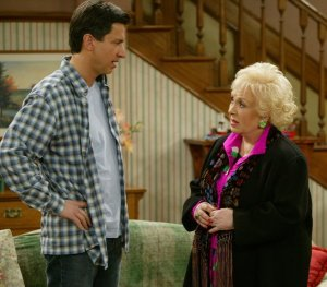 Doris Roberts Everybody Loves Raymond