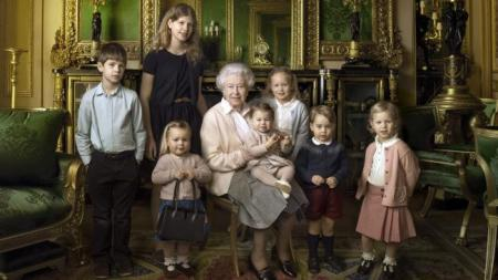 Queen Elizabeth birthday portrait with grand kids....