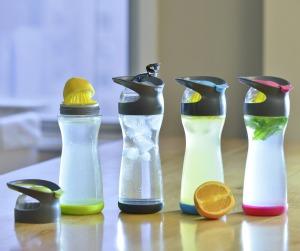 full-circle-wherever-lemon-water-on-go-glass-bottle-3