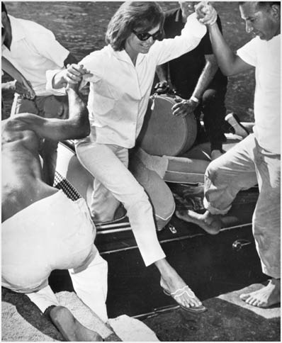Jackie Kennedy in Jack-Rogers