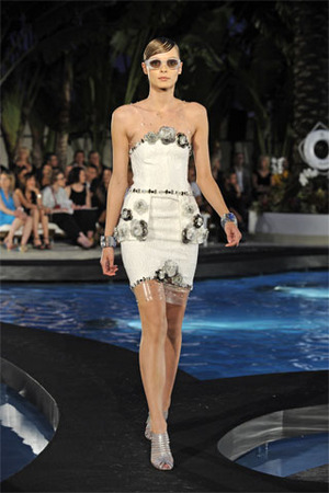 chanel-resort-2009-cocktail-dress-profile