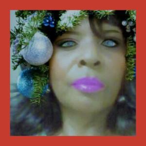 1500569105723 RAB Christmas Tree red 1