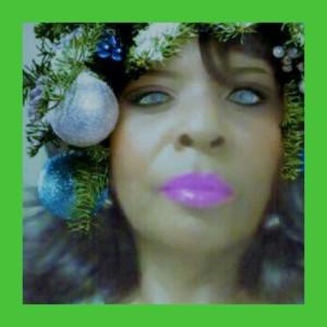 1500569119610 RAB Christmas Tree green 1