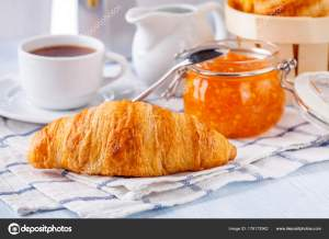 croissant and orange marmalade
