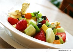 fresh fruit bowl breakfast