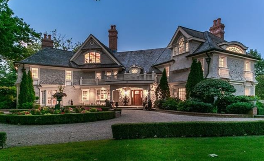 Mansion in Connecticut