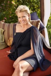 Emme-Aronson-Plus-Size-Fashion-Model