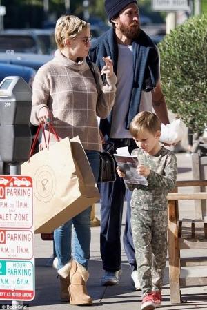 Kate Hudson and Danny Fujikawa 2018.jpg